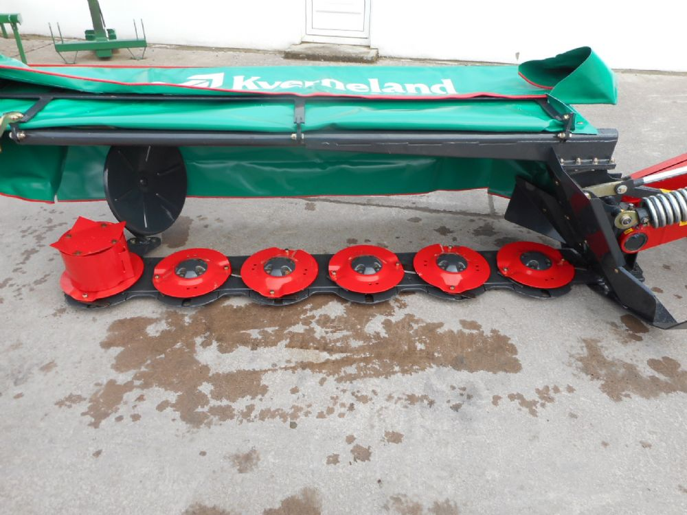 Kverneland Taarup TA2624 8ft Disc Mower - New Machinery | McGinty